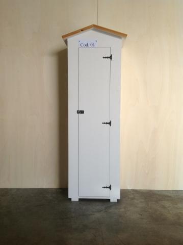 Amico legno srl armadio in legno da esterno for Divanetto in legno per esterno