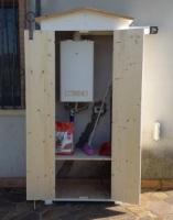 Amico legno srl armadio in legno da esterno for Armadietti da esterno ikea